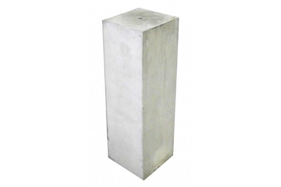 Betonpoer 15x15x50 cm met strakke rand