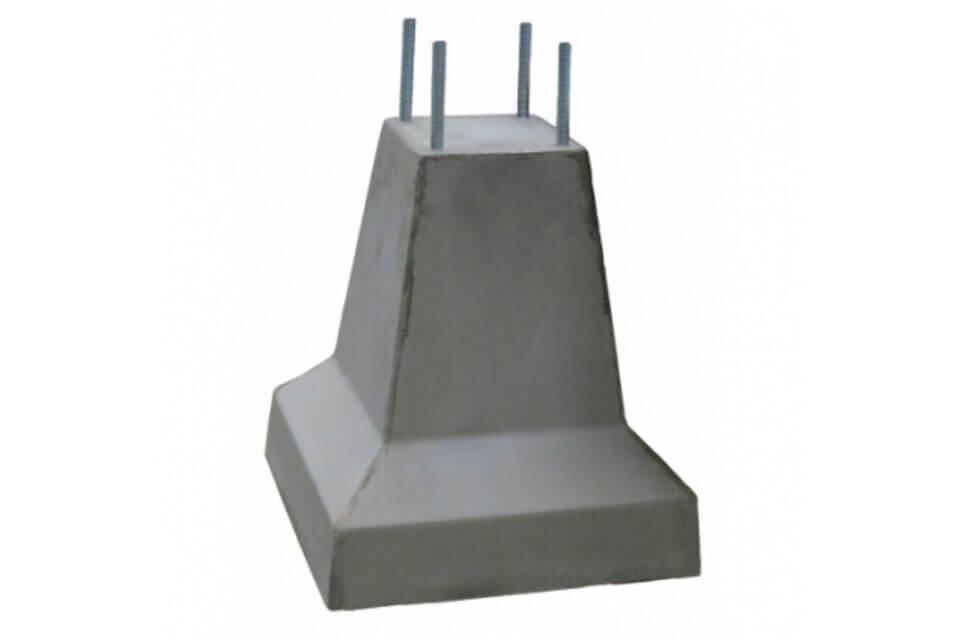 Betonpoer 20x20x50 cm met 4x draadeind M16