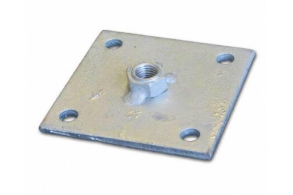 Bevestigingsplaatje betonpoer 11x11 cm met moer m16
