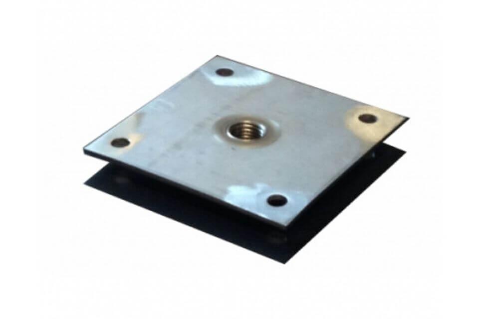 Bevestigingsplaatje betonpoer rvs 9x9 cm met tap m16